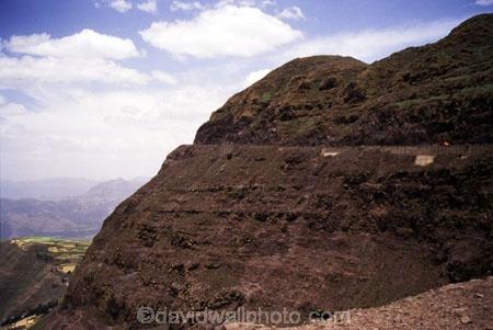 highlands;highland;transport;travel;;precarious;high;mountain;mountains;steep;dangerous;truck;trucks