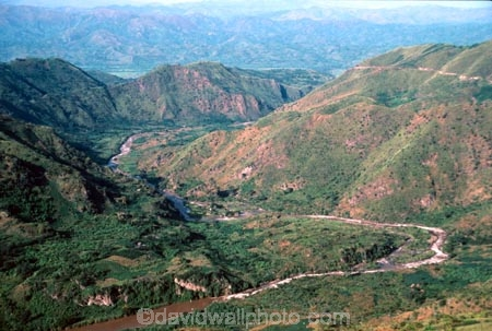 S;valley;valleys;rivers;river;mountain;mountains;hill;hills;hilly;distant;distance;windy;wind;bend;bendy;curve;curvey;s_bend;s-bend;zaire;democratic-republic-of-congo;congo;great-lakes-region;bukavu