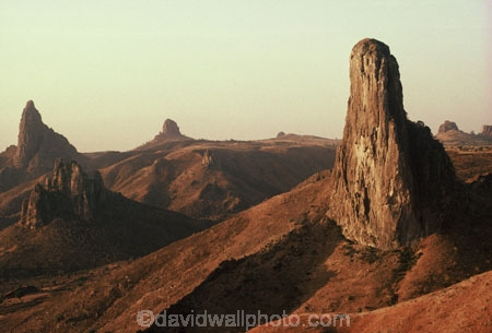pinnacles;pinnacle;volcanic-plug;mountain;mountains;volcano;cameroon;the-camerouns;the-cameroons;peak;peaks;harmattan;harmatan;lunar-landscape;sahel;rock;rocks;cliff;cliffs;bluff;bluffs
