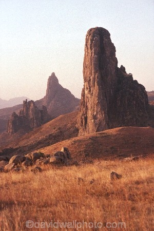 volcano;volcanoes;cameroons;cameroon;camerouns;african;africa-;cameroun;volcanic-plug;volcanic-plugs;cliff;cliffs;bluff;bluffs;pinnacles;pinnacle;rock;rocks