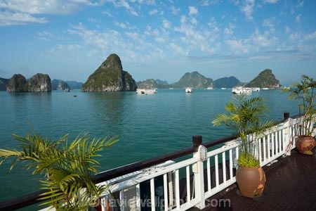 Asia;boat;boats;cruise-boat;cruise-boats;cruising;deck;Galaxy-Premium-Boat;Galaxy-Premium-Cruise-Boats;Galaxy-Premium-Cruses;Galaxy-Premium-Tour-Boats;Ha-Long-Bay;Halong-Bay;karst-landscape;limestone-karsts;North-Vietnam;Northern-Vietnam;Qung-Ninh-Province;Quang-Ninh-Province;South-East-Asia;Southeast-Asia;tour-boat;tour-boats;tourism;tourist;tourist-boat;tourist-boats;tourists;travel-destination;UN-world-heritage-area;UN-world-heritage-site;UNESCO-World-Heritage-area;UNESCO-World-Heritage-Site;united-nations-world-heritage-area;united-nations-world-heritage-site;Vnh-H-Long;Vietnam;Vietnamese;world-heritage;world-heritage-area;world-heritage-areas;World-Heritage-Park;World-Heritage-site;World-Heritage-Sites