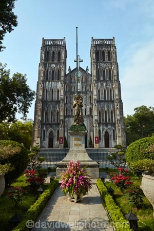 Asia;Asian;christian;christianity;church;churches;faith;Hanoi;neo_gothic;Nha-Tho-Lon;place-of-worship;places-of-worship;religion;religions;religious;Saint-Josephs-Cathedral;Saint-Josephs-Cathedral;South-East-Asia;Southeast-Asia;St-Josephs-Cathedral;St-Josephs-Cathedral;St.-Josephs-Cathedral;St.-Josephs-Cathedral;Vietnam;Vietnamese