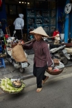 Asia;Asian;corn;fresh-produce;Hanoi;hawker;hawkers;Old-Quarter;produce;South-East-Asia;Southeast-Asia;street;street-scene;street-scenes;street-vendor;street-vendors;streets;vendor;vendors;Vietnam;Vietnamese