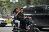 Asia;Asian;bike;bikes;cell-phone;cellphones;child;children;couple;families;family;female;Hanoi;Hanoi-Old-Quarter;male;man;men;mobile-phones;mobilephone;motorbike;motorbikes;motorcycle;motorcycles;motorscooter;motorscooters;Old-Quarter;people;person;phone;phones;scooter;scooters;South-East-Asia;Southeast-Asia;step_through;step_throughs;street;street-scene;street-scenes;streets;Vietnam;Vietnamese;woman;women