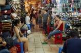Asia;Asian;Bn-Thành-Market;Ben-Thanh-Market;cities;city;commerce;commercial;District-1;District-One;H.C.M.-City;H-Chí-Minh;HCM;HCM-City;Ho-Chi-Minh;Ho-Chi-Minh-City;inside;interior;market;market-place;market-stall;market-stalls;market_place;marketplace;marketplaces;markets;people;person;retail;retailer;retailers;Saigon;shop;shopping;shops;South-East-Asia;Southeast-Asia;stall;stalls;street-scene;street-scenes;Vietnam;Vietnamese
