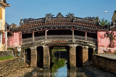 16th_17th-century;Asia;bridge;bridges;building;buildings;Central-Sea-region;Chua-cau;Chùa-cu;covered-bridge;covered-bridges;Hi-An;heritage;historic;historic-building;historic-buildings;historical;historical-building;historical-buildings;history;Hoi-An;Hoi-An-Old-Town;Hoian;Indochina;Japanese-Bridge;Japanese-Covered-Bridge;old;old-town;pedestrian-bridge;pedestrian-bridges;South-East-Asia;Southeast-Asia;tradition;traditional;UN-world-heritage-area;UN-world-heritage-site;UNESCO-World-Heritage-area;UNESCO-World-Heritage-Site;united-nations-world-heritage-area;united-nations-world-heritage-site;Vietnam;Vietnamese;world-heritage;world-heritage-area;world-heritage-areas;World-Heritage-Park;World-Heritage-site;World-Heritage-Sites