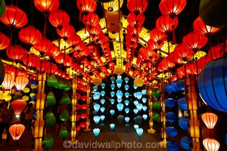 Asia;Central-Sea-region;color;colorful;colors;colour;colourful;colours;dark;dusk;evening;festive;Hi-An;Hoi-An;Hoi-An-Old-Town;Hoian;Indochina;lamp;lamps;lantern;lanterns;light;lighting;lights;night;night-time;night_time;old-town;South-East-Asia;Southeast-Asia;twilight;UN-world-heritage-area;UN-world-heritage-site;UNESCO-World-Heritage-area;UNESCO-World-Heritage-Site;united-nations-world-heritage-area;united-nations-world-heritage-site;Vietnam;Vietnamese;Vietnamese-lantern;Vietnamese-lanterns;world-heritage;world-heritage-area;world-heritage-areas;World-Heritage-Park;World-Heritage-site;World-Heritage-Sites