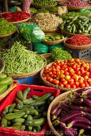 commerce;commercial;Dong-Ba-Market;fresh-produce;Hu;Hue;market;market-place;market-stall;market-stalls;market_place;marketplace;marketplaces;markets;North-Central-Coast;produce;produce-market;produce-markets;produce-stall;retail;retailer;retailers;shop;shopping;shops;stall;stalls;street-scene;street-scenes;Tha-Thiên_Hu-Province;Thua-Thien_Hue-Province;vege;veges;vegetable;vegetable-stall;vegetable-stalls;vegetables;Vietnam;Vietnamese;Asia