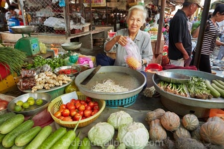 Asia;Asian;cabbage;cabbages;Can-Duoc;Can-Duoc-Market;colorful;colour;colourful;commerce;commercial;cucumber;cucumbers;elderly;farmer-market;farmer-markets;farmers-market;farmers-markets;farmers-market;farmers-markets;female;females;food;food-market;food-markets;food-stall;food-stalls;fruit;fruit-and-vegetables;fruit-market;fruit-markets;gathering;lady;Long-An-Province,;market;market-day;market-days;market-place;market_place;marketplace;markets;Mekong-Delta;Mekong-Delta-Region;O.A.P.;OAP;old;pensioner;pensioners;people;person;produce;produce-market;produce-markets;product;products;retail;retailer;retailers;shop;shopping;shops;South-East-Asia;Southeast-Asia;stall;stalls;steet-scene;street-scenes;tomatoe;tomatoes;Vietnam;Vietnamese;woman;women;worker;workers