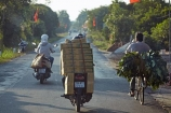 Asia;Asian;bicycle;bicycles;bike;bikes;Cho-Lach;cycle;cycles;cyclist;cyclists;Mekong-Delta;Mekong-Delta-Region;motorbike;motorbikes;motorcycle;motorcycles;motorscooter;motorscooters;over_load;over_loaded;overload;overloaded;scooter;scooters;South-East-Asia;Southeast-Asia;step_through;step_throughs;Vietnam;Vietnamese