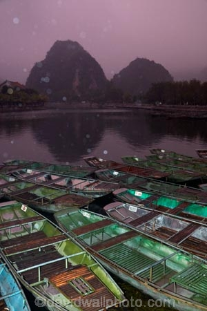 Asia;boat;boat-harbors;boat-harbour;boats;dark;dock;docks;dusk;evening;karst-topography;karsts;limestone-karst;limestone-karsts;limestone-landscape;Ngo-Dong-River;night;night-time;night_time;Ninh-Binh;Ninh-Bình-province;Ninh-Hai;Northern-Vietnam;punt;punts;rain;raining;rainy;Red-River-Delta;river;rivers;row-boat;row-boats;South-East-Asia;Southeast-Asia;Tam-Coc;Tan-Coc;Three-Caves;tourism;tourist;tourist-boat;tourist-boats;tourists;UN-world-heritage-area;UN-world-heritage-site;UNESCO-World-Heritage-area;UNESCO-World-Heritage-Site;united-nations-world-heritage-area;united-nations-world-heritage-site;Van-Lam-Village;Vietnam;Vietnamese;water;world-heritage;world-heritage-area;world-heritage-areas;World-Heritage-Park;World-Heritage-site;World-Heritage-Sites