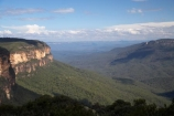 Australia;Blue-Mountains;Blue-Mountains-N.P.;Blue-Mountains-National-Park;Blue-Mountains-NP;bluff;bluffs;cliff;cliffs;escarpment;escarpments;Jamison-Lookout;Jamison-Valley;Jamisons-Lookout;Kings-Table-Land;Kings-Table-Lands;Kings-Tableland;Kings-Tablelands;mountainside;mountainsides;N.S.W.;New-South-Wales;NSW;steep;UN-world-heritage-site;UNESCO-World-Heritage-Site;united-nations-world-heritage-site;View-across-Jamison-Valley;Wentworth-Falls;Wentworth-Falls-Picnic-Area;world-heritage;world-heritage-area;world-heritage-areas;World-Heritage-Park;World-Heritage-site;World-Heritage-Sites