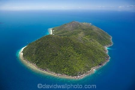 aerial;aerial-photo;aerial-photograph;aerial-photographs;aerial-photography;aerial-photos;aerial-view;aerial-views;aerials;Australasian;Australia;Australian;Cairns;coast;coastal;coastline;coastlines;coasts;Coral-Sea;Fitzroy-Is;Fitzroy-Is-NP;Fitzroy-Is.;Fitzroy-Is.-N.P.;Fitzroy-Island;Fitzroy-Island-N.P.;Fitzroy-Island-National-Park;Fitzroy-Island-NP;holiday;holiday-destination;holiday-destinations;holidays;island;islands;North-Queensland;ocean;Qld;Queensland;sea;shore;shoreline;shorelines;shores;tourism;travel;Tropcial-North-Queensland;tropical;Tropical-Island;Tropical-Islands;vacation;vacations;water