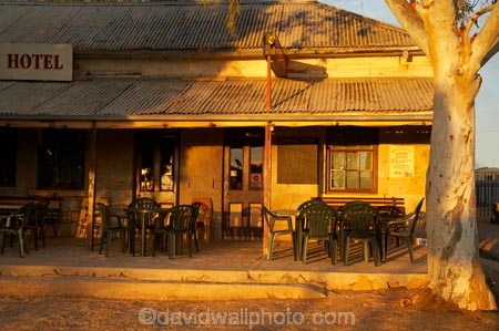 1883;ale-house;ale-houses;architecture;Australasia;Australia;Australian;Australian-Desert;Australian-Deserts;Australian-Outback;bar;bars;building;buildings;colonial;dusk;evening;free-house;free-houses;heritage;historic;historic-building;historic-buildings;historical;historical-building;historical-buildings;history;hotel;hotels;N.S.W.;New-South-Wales;night;night-time;NSW;old;outback;place;places;pub;public-house;public-houses;pubs;saloon;saloons;Silver-City-Highway;tavern;taverns;The-Family-Hotel;Tibooburra;tradition;traditional;twilight