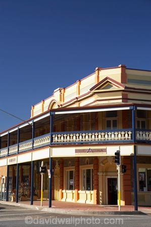 accommodation;ale-house;ale-houses;architecture;Argent-St;Argent-Street;Australasia;Australia;Australian;Australian-Desert;Australian-Deserts;Australian-Outback;bar;bars;Broken-Hill;building;buildings;colonial;free-house;free-houses;heritage;historic;historic-building;historic-buildings;historical;historical-building;historical-buildings;history;hotel;hotels;N.S.W.;New-South-Wales;NSW;old;Outback;Oxide-St;Oxide-Street;place;places;pub;public-house;public-houses;pubs;saloon;saloons;Silver-City;tavern;taverns;tradition;traditional