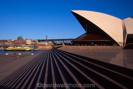australia;sydney;harbour;harbours;harbors;harbor;icon;icons;australian;landmark;landmarks;opera;house;opera-house;architecture;step;steps;stair;stairs