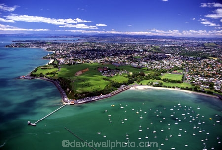 aerial;aerials;auckland;bastion-point;bays;boat;boating;boats;coastline;community;houses;jettys;leisure-craft;new-zealand;north-island;nz;ocean;Okahu-Bay;Orakei-Jetty;pier;piers;residential;river;rivers;road;roading;sea;seashore;seaside;shore;suburban;suburban-beach;suburbia;Takaparawha-Park;tidal;tide;urban-sprawl;water