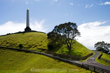 Auckland;Cronwall-Park;Maungakiekie;N.I.;N.Z.;New-Zealand;NI;North-Island;NZ;obelisk;One-Tree-Hill;One-Tree-Hill-Domain