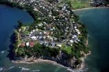 residential;urban-sprawl;suburban;suburbia;houses;water;community;seaside;sea;ocean;shore;seashore;suburban-beach;tide;tidal;coastline;bays;aerials;point;peninsula