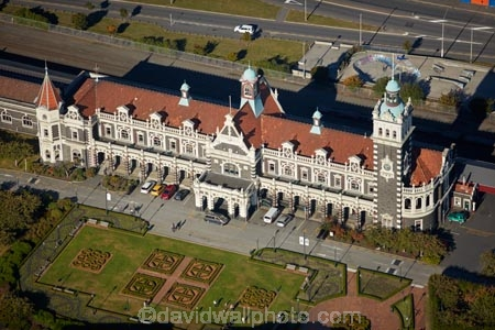 1906;aerial;aerial-image;aerial-images;aerial-photo;aerial-photograph;aerial-photographs;aerial-photography;aerial-photos;aerial-view;aerial-views;aerials;architectural;architecture;building;buildings;clock;clock-tower;clock-towers;council-gardens;Dunedin;Dunedin-Railway-Station;Flemish-Renaissance-style;George-A-Troup;Gingerbread-George;heritage;Historic;historic-building;historic-buildings;historical;historical-building;historical-buildings;history;N.Z.;New-Zealand;NZ;old;Otago;rail-station;rail-stations;railroad;railroads;railway;railway-station;railway-stations;railways;S.I.;SI;South-Is;South-Is.;South-Island;Sth-Is;tradition;traditional;train-station;train-stations;transport;transportation