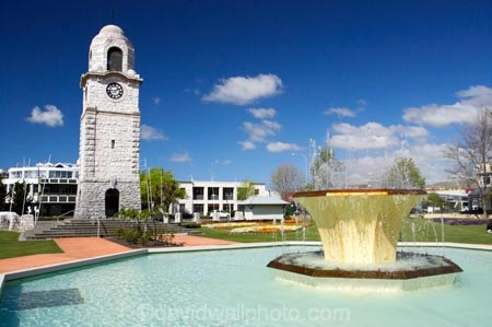 Blenheim;clock-tower;fountain;fountains;Marlborough;memorial-clock-tower;New-Zealand;Seymore-Sq;Seymore-Square;Seymour-Fountain;Seymour-Square;South-Island