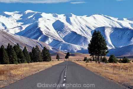 alpine;centre-line;dotted-line;driving;mountain;mountains;road;roads;snow;southern-alps;transport;winter