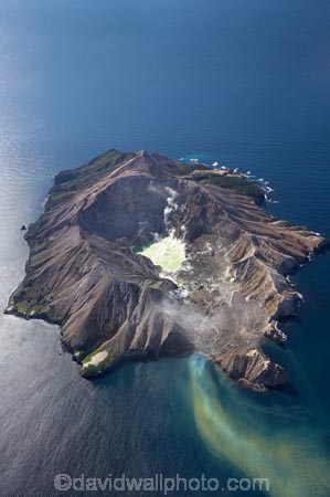 active-volcano;active-volcanoes;aerial;aerial-photo;aerial-photograph;aerial-photographs;aerial-photography;aerial-photos;aerial-view;aerial-views;aerials;Bay-of-Plenty;coast;coastal;coastline;coastlines;coasts;crater;crater-lake;crater-lakes;craters;foreshore;fumarole;fumaroles;green;island;islands;N.I.;N.Z.;New-Zealand;NI;North-Is;North-Island;NZ;ocean;outflow;Pacific-Ocean;sea;shore;shoreline;shorelines;shores;silt;siltation;silty;Te-Awapuia-Bay;thermal;Troup-Head;volcanic;volcanic-crater;volcanic-crater-lake;volcanic-craters;volcanict-crater-lakes;volcano;volcanoes;water;Whakaari;White-Is;White-Island