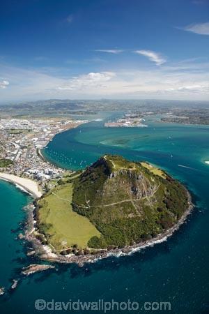 aerial;aerial-photo;aerial-photograph;aerial-photographs;aerial-photography;aerial-photos;aerial-view;aerial-views;aerials;Bay-of-Plenty;coast;coastal;coastline;coastlines;coasts;extinct-volcano;extinct-volcanoes;foreshore;harbor;harbors;harbour;harbours;Mauao;Mount-Maunganui;Mt-Maunganui;Mt.-Maunganui;N.I.;N.Z.;New-Zealand;NI;North-Is;North-Is.;North-Island;NZ;ocean;oceans;sea;shore;shoreline;shorelines;shores;Tauranga;Tauranga-Entrance;Tauranga-Harbor;Tauranga-Harbour;volcanic;volcanic-cone;volcanic-cones;volcano;volcanoes;water