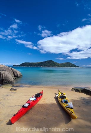 aqua;beach;beaches;blue;bush;coast;coast-line;coastal;coastline;color;colors;colour;colours;green;island;islands;kayak;kayaking;kayaks;paddle;paddles;paddling;peace;peaceful;peacefulness;sand;sea;shore;shore-line;shoreline;track;tranquil;tranquility;water;yellow