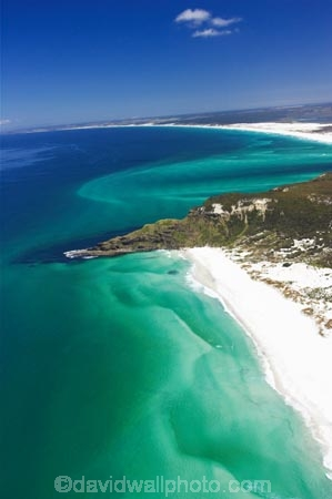 aerial;aerials;aqua;beach;beaches;beautiful;blue;channel;Coal-Point;coast;coastal;coastline;color;colors;colour;colours;Far-North;green;Kokota;new-zealand;north-is.;north-island;northland;ocean;Ohao-Point;Parengarenga-Harbour;sand;sand-bar;sand-bars;scenic;sea;shore;shoreline;straight;teal;tidal;tide;tides;water;waterside;waves