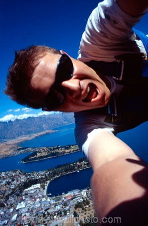 David;Dave;rubber;adrenaline;adventure;exciting;jump;-bungee;jump;jumping;leap;leaping;elastic;excitement;action;terror;shout;fear;photographer;self-portrait;man;action;flight