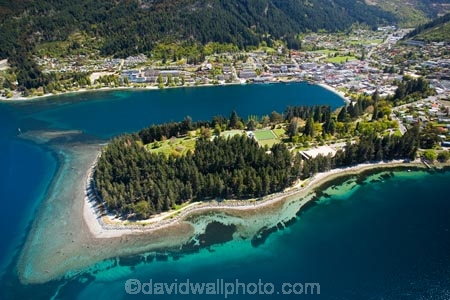 aerial;aerial-photo;aerial-photography;aerial-photos;aerial-view;aerial-views;aerials;holiday;holidaying;holidays;lake;Lake-Wakatipu;lakes;N.Z.;New-Zealand;NZ;Otago;Queenstown;Queenstown-Bay;Queenstown-Gardens;Queenstown-Peninsula;S.I.;SI;South-Is.;South-Island;Southern-Lakes;Southern-Lakes-District;Southern-Lakes-Region;tourism;tourist;travel;traveling;travelling;vacation;vacationing;vacations;water