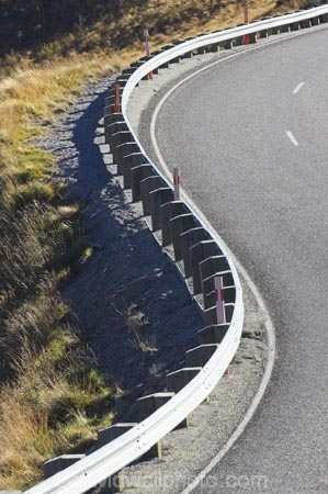s-bend;s-bends;armco-barrier;armco-barriers;bend;bends;corner;corners;Crown-Range-Road;curve;curves;driving;high-altitude;highway;highways;mountain-road;mountain-roads;N.Z.;New-Zealand;NZ;open-road;open-roads;Otago;Queenstown;road;road-trip;roads;s-bend;s-bends;s_bend;s_bends;S.I.;SI;South-Is.;South-Island;Southern-Lakes;Southern-Lakes-District;Southern-Lakes-Region;transport;transportation;travel;traveling;travelling;trip;Wanaka