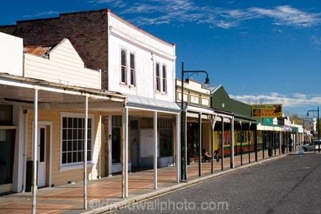 Central-Plateau;Main-Street;N.I.;N.Z.;New-Zealand;NI;North-Island;NZ;Raetihi;Ruapehu-Region;town;towns
