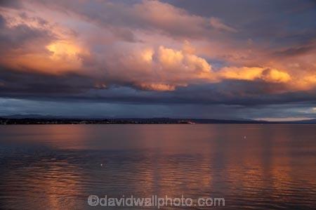 Central-North-Island;cloud;clouds;cloudy;dusk;evening;lake-lakes;Lake-Taupo;N.I.;N.Z.;New-Zealand;NI;nightfall;North-Island;NZ;orange;sky;sunset;sunsets;Taupo;twilight;water