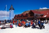 boarder;boarders;cafe;food;outdoor;outdoor-eating;outdoors;relaxation;relaxing;resort;ski-field;ski-fields;skier;skiers;skifield;skifields;skiing;snow;snowboarders;snowboarding;winter;winter-sports