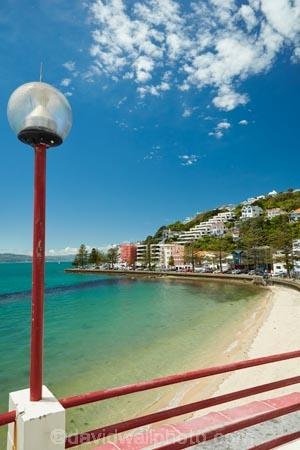 beach;beaches;coast;coastal;harbor;harbors;harbour;harbours;lamp;lamps;light;lights;N.I.;N.Z.;New-Zealand;NI;North-Is;North-Is.;North-Island;Nth-Is;NZ;Oriental-Bay;Oriental-Parade;Oriental-Pde;Port-Nicholson;Wellington;Wellington-Harbor;Wellington-Harbour;Wellington-Waterfront