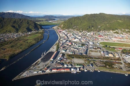 aerial;aerial-photo;aerial-photograph;aerial-photographs;aerial-photography;aerial-photos;aerial-view;aerial-views;aerials;Cobden-Hill;Cobden-Island;Erua-Moana-Lagoon;Grey-River;Greymouth;Mawheranui;N.Z.;New-Zealand;NZ;Peter-Ridge;port;ports;racecourse;Rapahoe-Range;river;rivers;S.I.;SI;South-Island;Twelve-Apostles-Range;Victoria-Park;waterside;West-Coast;Westland;wharf;wharfes;wharves