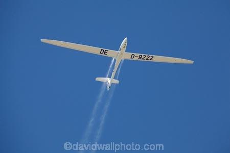 3rd-Fai-World-Sailplane-Grand-Prix-Final;aqua;aviate;aviation;aviator;aviators;ballast;Chile;F.A.I.;Fai-World-Sailplane-Grand-Prix;flies;fly;flying;glide;glider;gliders;glides;gliding;Gliding-Grand-Prix;Mario-Kiessling;mountain;mountains;sail-plane;sail-planes;sail-planing;sail_plane;sail_planes;sail_planing;sailplane;sailplanes;sailplaning;Santiago;soar;soaring;South-America;Sth-America;water-ballast;wing;wings;World-Gliding-Grand-Prix