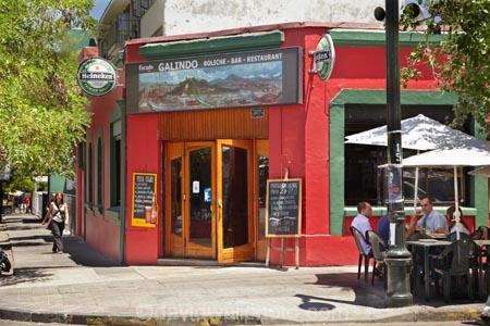 alfresco;bar;Barrio-Bellavista;bars;Bellavista;boliche;cafe;cafes;Calle-Constitucion;calle-Dardignac;capital-cities;capital-city;Capital-of-Chile;Chile;coffee-shop;coffee-shops;coffeeshop;coffeeshops;colorful;colourful;Constitucion-St;cuisine;Dardignac-St;dine;diner;diners;dining;eat;eating;food;footpath;footpaths;Galindo;people;person;pub;pubs;restaurant;restaurante;restaurants;saloon;saloons;Santiago;sidewalk;sidewalks;South-America;Sth-America;street;street-scene;street-scenes;streets;tavern;taverns