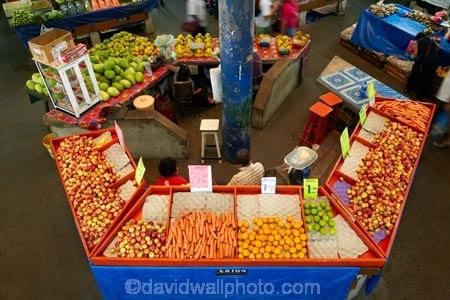 apple;apples;carrot;carrots;colorful;colourful;commerce;commercial;Fij;Fiji-Islands;food;food-market;food-markets;food-stall;food-stalls;fresh-produce;fruit;fruit-and-vegetables;fruit-market;fruit-markets;market;market-place;market_place;marketplace;markets;orange;oranges;Pacific;produce;produce-market;produce-markets;produce-stall;product;products;retail;retailer;retailers;shop;shopping;shops;South-Pacific;stall;stalls;steet-scene;street-scenes;Suva;Suva-Market;Suva-Municipal-Market;Suva-Produce-Market;Viti-Levu;Viti-Levu-Island
