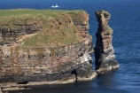 Britain;British-Isles;Caithness;cliff;cliffs;coast;coastal;coastline;coastlines;coasts;column;columns;Duncansby-Head;Duncansby-Sea-Stacks;Duncansby-Stacks;eroded;erosion;foreshore;G.B.;GB;geological;geological-landform;geology;Great-Britain;Highland;Highlands;John-OGroats;Muckle-Stack;North-Sea;ocean;rock;rock-formation;rock-formations;rock-outcrop;rock-outcrops;rock-stack;rock-stacks;rock-tor;rock-torr;rock-torrs;rock-tors;rocks;Scotland;Scottish-Highlands;sea;sea-cliff;sea-cliffs;sea-stack;sea-stacks;shore;shoreline;shorelines;shores;stack;stacks;Stacks-of-Duncansby;stone;The-Knee;U.K.;UK;United-Kingdom;water