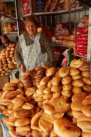 Aymara;Bolivia;bread;bread-shop;bread-shops;bread-stall;bread-stalls;capital;Capital-of-Bolivia;Cholita;Cholitas;Chuqi-Yapu;commerce;commercial;female;food;food-market;food-markets;food-stall;food-stalls;indigenous-women;indiginous;La-Paz;Latin-America;market;market-place;market_place;marketplace;markets;Nuestra-Señora-de-La-Paz;people;product;products;retail;retailer;retailers;shop;shopping;shops;South-America;stall;stalls;steet-scene;Sth-America;The-Americas;woman;women