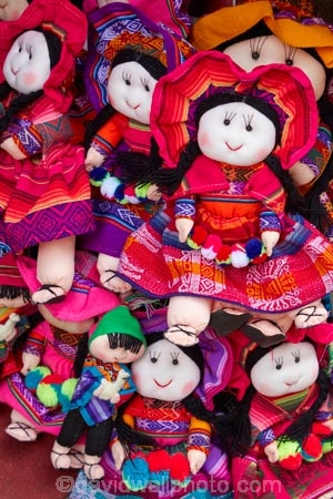 commerce;commercial;craft-market;craft-markets;Curio-and-Handcraft-Market;Curio-and-Handicraft-Market;curio-market;Curio-Markets;Cusco;Cuzco;doll;dolls;handcraft;Handcraft-Market;Handcraft-Markets;handcrafts;handicraft;Handicraft-Market;Handicraft-Markets;handicrafts;indigenous-doll;indigenous-dolls;Latin-America;market;market-place;market-stall;market-stalls;market_place;marketplace;marketplaces;markets;native-doll;native-dolls;Peru;Republic-of-Peru;retail;retailer;retailers;shop;shopping;shops;South-America;souvenir;Souvenir-Market;Souvenir-Markets;souvenirs;stall;stalls;Sth-America;tourism;tourist-market;tourist-markets