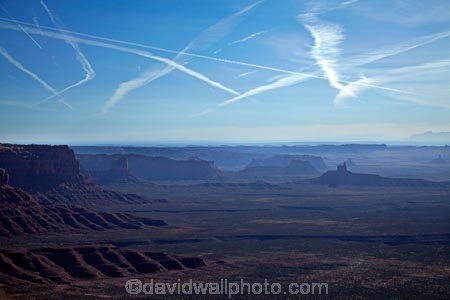America;American-Southwest;Cedar-Mesa;cirrus-aviaticus;condensation-trail;condensation-trails;contrail;contrails;jet-trail;jet-trails;lookout;lookouts;Mexican-Hat;Mokee-Dugway;Moki-Dugway;National-Scenic-Byway;overlook;plane-trail;plane-trails;San-Juan-County;South-west-United-States;South-west-US;South-west-USA;South-western-United-States;South-western-US;South-western-USA;Southwest-United-States;Southwest-US;Southwest-USA;Southwestern-United-States;Southwestern-US;Southwestern-USA;SR261;State-Route-261;States;the-Southwest;Trail-of-the-Ancients;U.S.A;United-States;United-States-of-America;USA;UT;Utah;Utah-State-Route-261;vapor-trail;vapor-trails;view;viewpoint;viewpoints;views