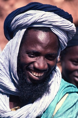 africa;african;africans;black;ethnic;male;people;person;persons;jewellery;portrait;turban;portraits;tradition;traditional;costume;costumes;traditions-costume;traditional-costumes;culture;cultural;cultures;tribe;tribes;tribal;west-africa;indigenous;native;adorn;adornment;hat;hats;islam;islamic;muslim;dogons