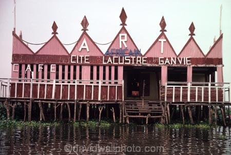 Ganvie;Stilt;Village;Lake-Nokoue;Cotonou;Benin;West-Africa;ganvie;Cite-Lacustre-Ganvie;Cafe;cafes;floating-;hut;huts;house;houses;thatched;thatch;roof;rooves;africa;african;african;traditional;traditions;culture;cultural;cultures;tribe;tribes;tribal;indigenous;native;nokoue;abomey-calavi;abomey_calavi;lake;water;lakes