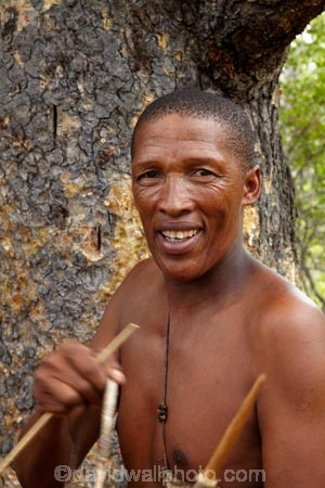 Africa;African;Bushman;Bushman-Living-Museum;Bushmanland;Bushmen;cultural;cultural-exchange;culture;forager-society;Grashoek-Living-Museum;Grashoek-village;hunter_gatherer;Hunting-and-gathering;Ju-Hoansi_San-Living-Museum;JuHoansi;JuHoansi_San-people;Living-Museum;Living-Museum-of-the-Ju-Hoansi_San;Living-Museum-of-the-JuHoansi_San;Living-Museums;man;men;Namibia;Otjozondjupa-District;Otjozondjupa-Region;people;person;San;San-Living-Museum;San-people;Southern-Africa;tradition;traditional;Traditional-Bushman-Culture;traditional-clothing;traditional-costume;traditional-dress;Traditional-San-Culture;tribe