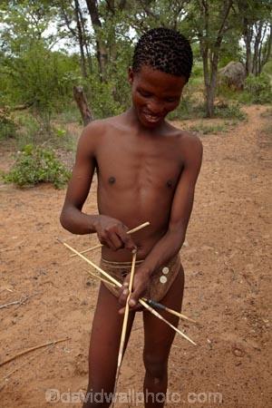 Africa;African;African-bush;arrow;arrows;bush;Bushman;Bushman-Living-Museum;Bushmanland;Bushmen;cultural;cultural-exchange;culture;forager-society;Grashoek-Living-Museum;Grashoek-village;hunt;hunter_gatherer;hunting;Hunting-and-gathering;Ju-Hoansi_San-Living-Museum;JuHoansi;JuHoansi_San-people;Living-Museum;Living-Museum-of-the-Ju-Hoansi_San;Living-Museum-of-the-JuHoansi_San;Living-Museums;man;men;Namibia;Otjozondjupa-District;Otjozondjupa-Region;people;person;poinsoned-arrows;poison-arrow;poison-arrows;poisoned-arrow;San;San-Living-Museum;San-people;Southern-Africa;tradition;traditional;Traditional-Bushman-Culture;traditional-clothing;traditional-costume;traditional-dress;Traditional-San-Culture;tribe