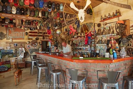 bar;bars;Ceres;collectables;commerce;commercial;country-shop;country-shops;country-store;country-stores;general-shop;general-shops;general-store;general-stores;ornament;ornaments;relics;Republic-of-South-Africa;retail;retail-store;retailer;retailers;shop;shopping;shops;sign;signs;South-Africa;South-African-Republic;Southern-Africa;store;stores;Tankwa-Karoo;Tankwa-Padstal;Western-Cape